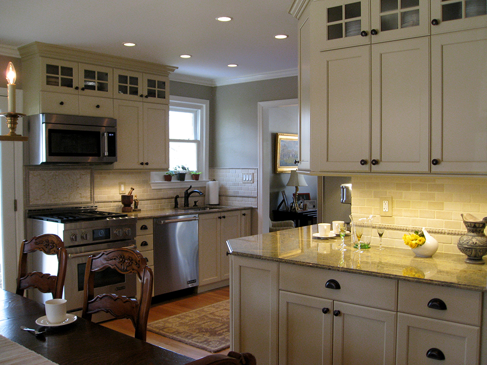 kitchen interior design, country french kitchen, stainless steel in french country kitchen, provencal kitchen