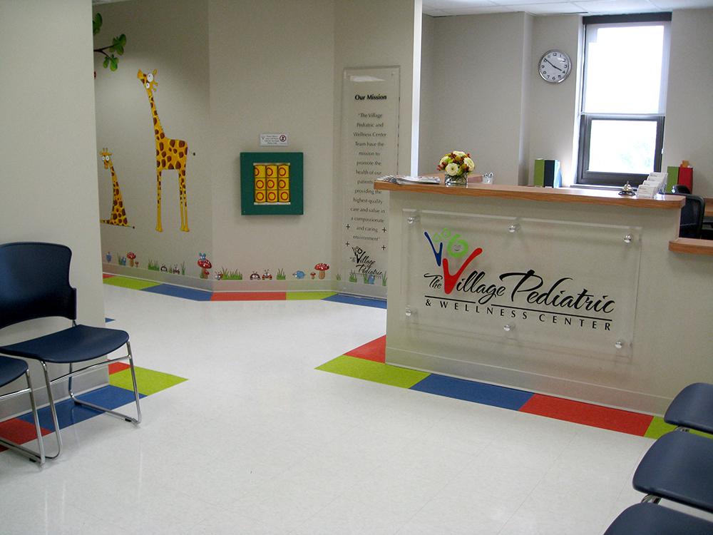 pediatricians office, colorful doctors office, giraffe, doctor's office interior design
